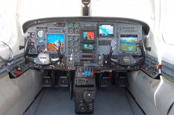 Universal EFI-890R glass cockpit for special missions